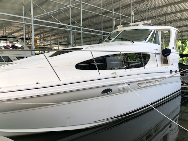 2004 Sea Ray 390 Motor Yacht for sale in Somerset, KY | Lookout Marine Sales (606) 268-6297