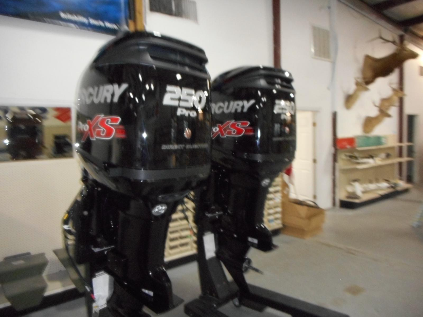 2017 Mercury Marine Engines PRO XS OPTI for sale in Port O