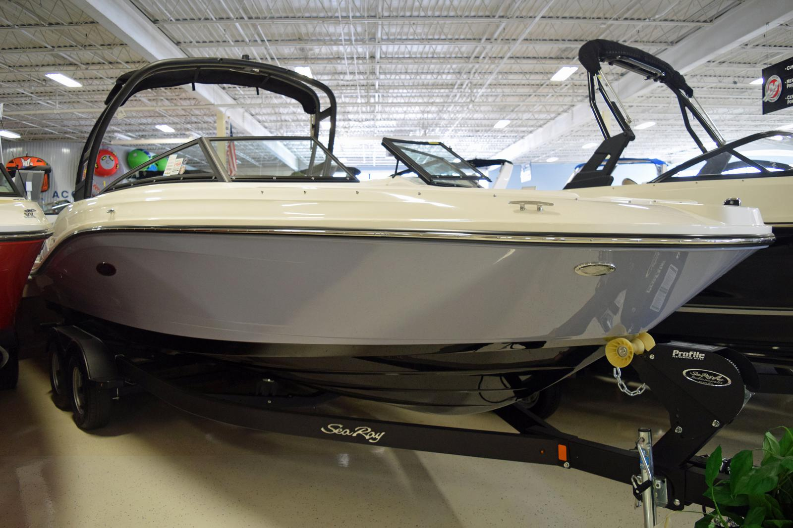 Inventory from Sea Ray Marine Center of Indiana Indianapolis