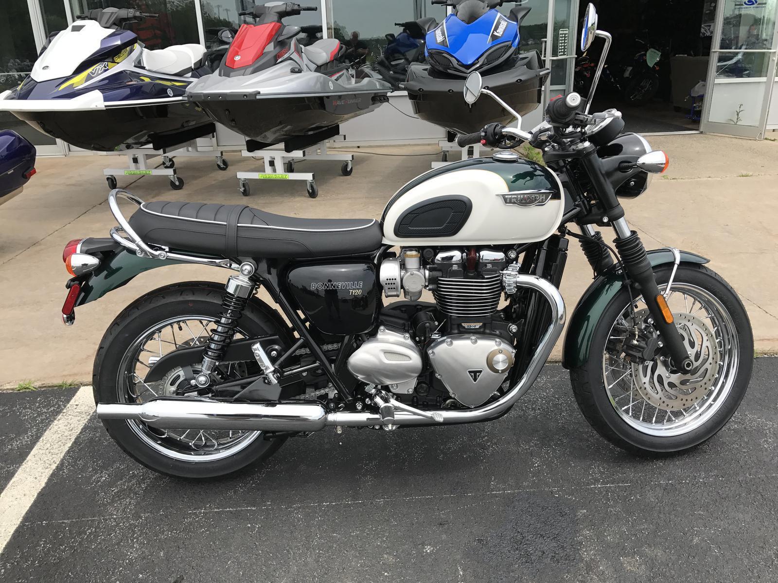 2018 Triumph Bonneville T120 Competition Green And Fusion White