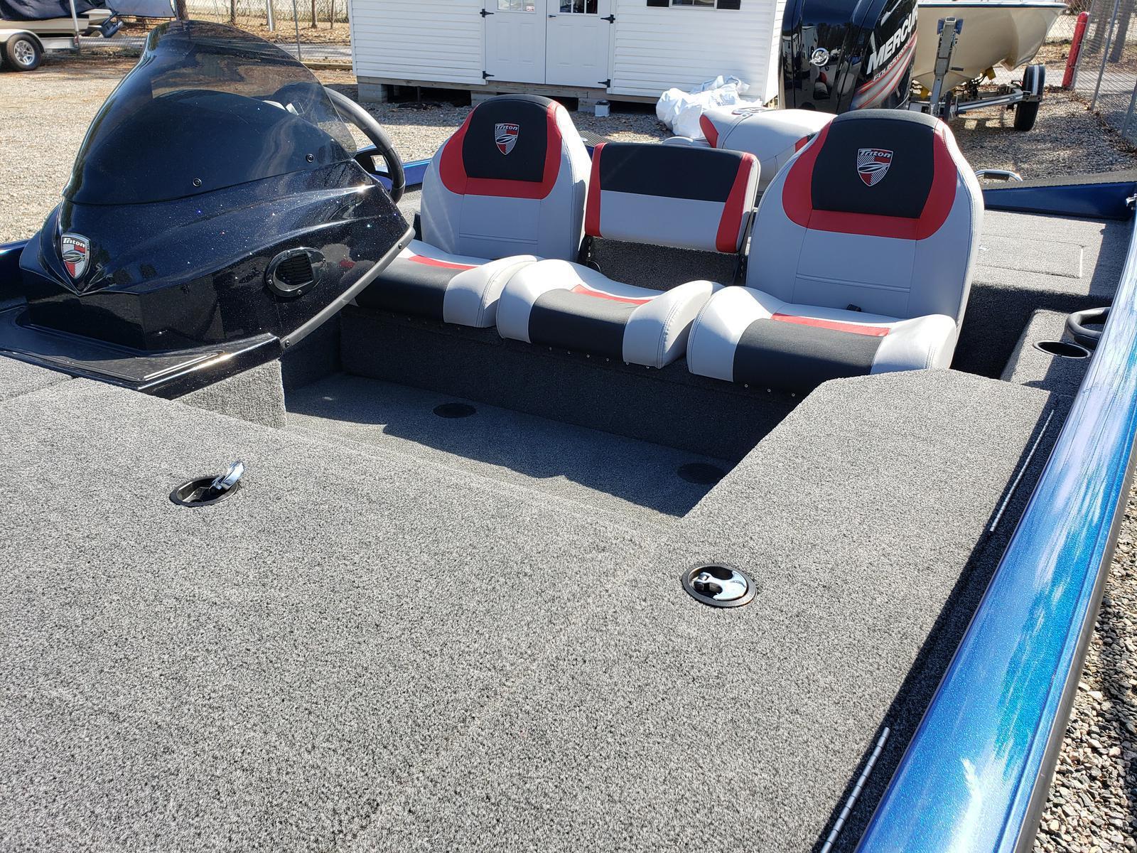2019 Triton Boats 17 TX