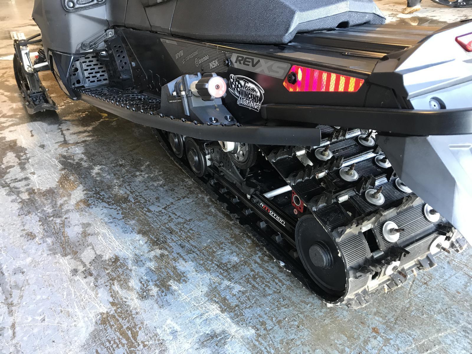 2015 Ski Doo MX Z X-RS w/ QAS 800 E-TEC   2 of 3