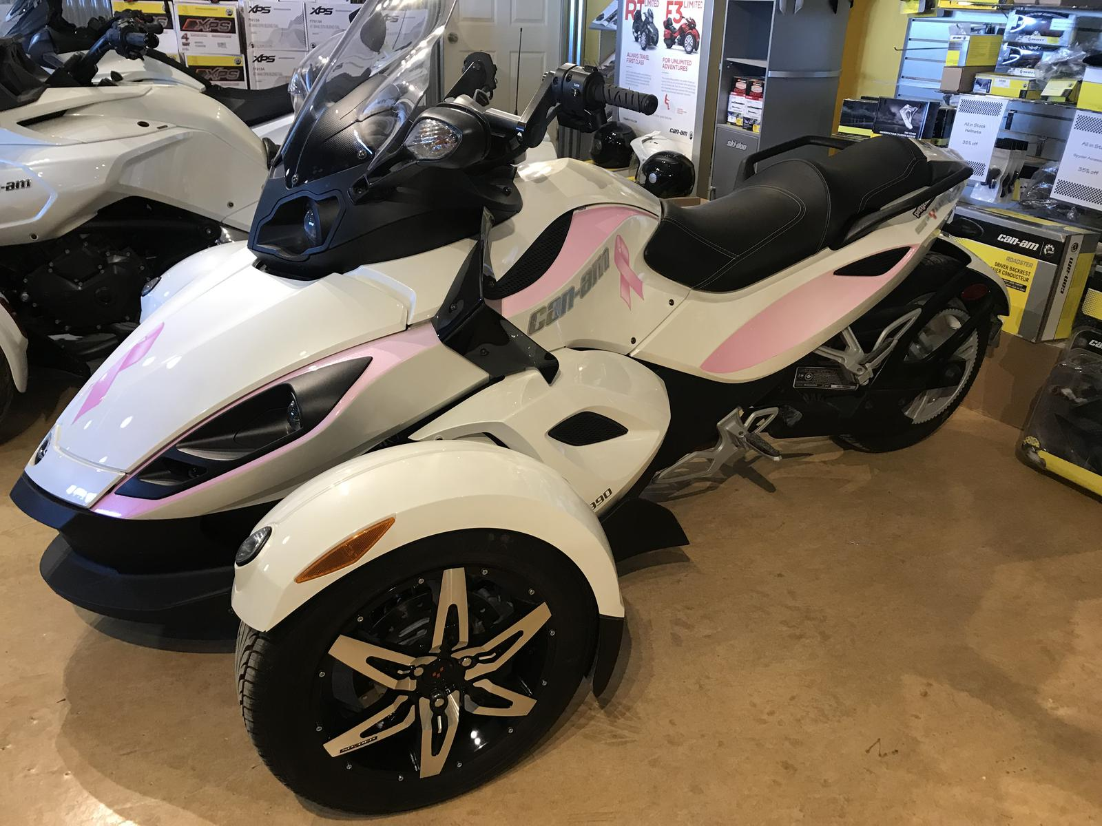 2010 Can-Am ATV SPYDER RS-S | 1 of 3