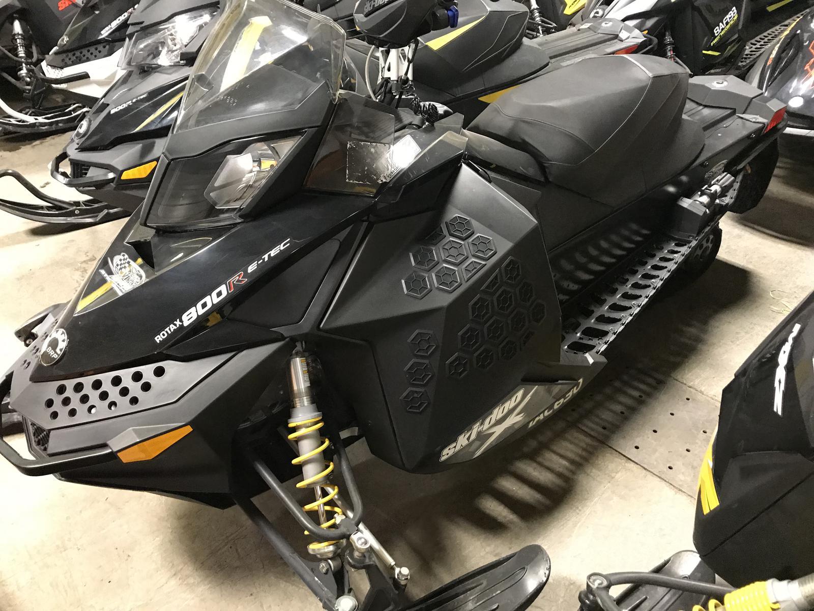 2012 Ski Doo MXZ X 800 E-TEC W/ QAS