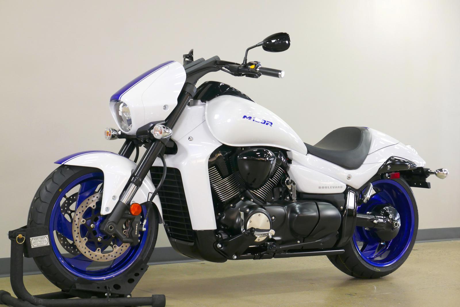 2019 Suzuki M109R B O S S
