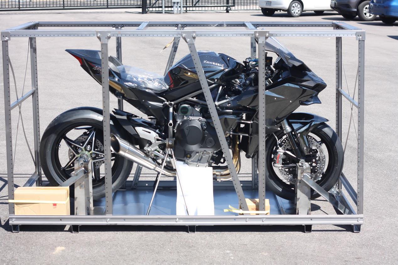 Kawasaki H2R For Sale >> 2016 Kawasaki H2r Zx1000pgf 1 Of 16 In The World For