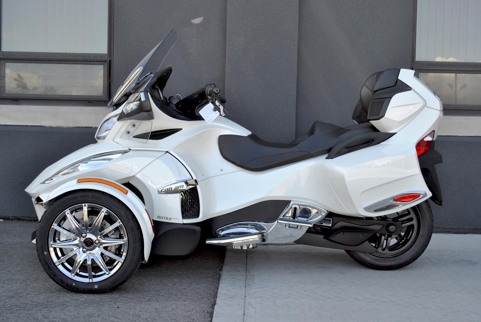 Can Am Spyder For Sale >> Inventory From Can Am And R R Trailers Flat Out Motorsports