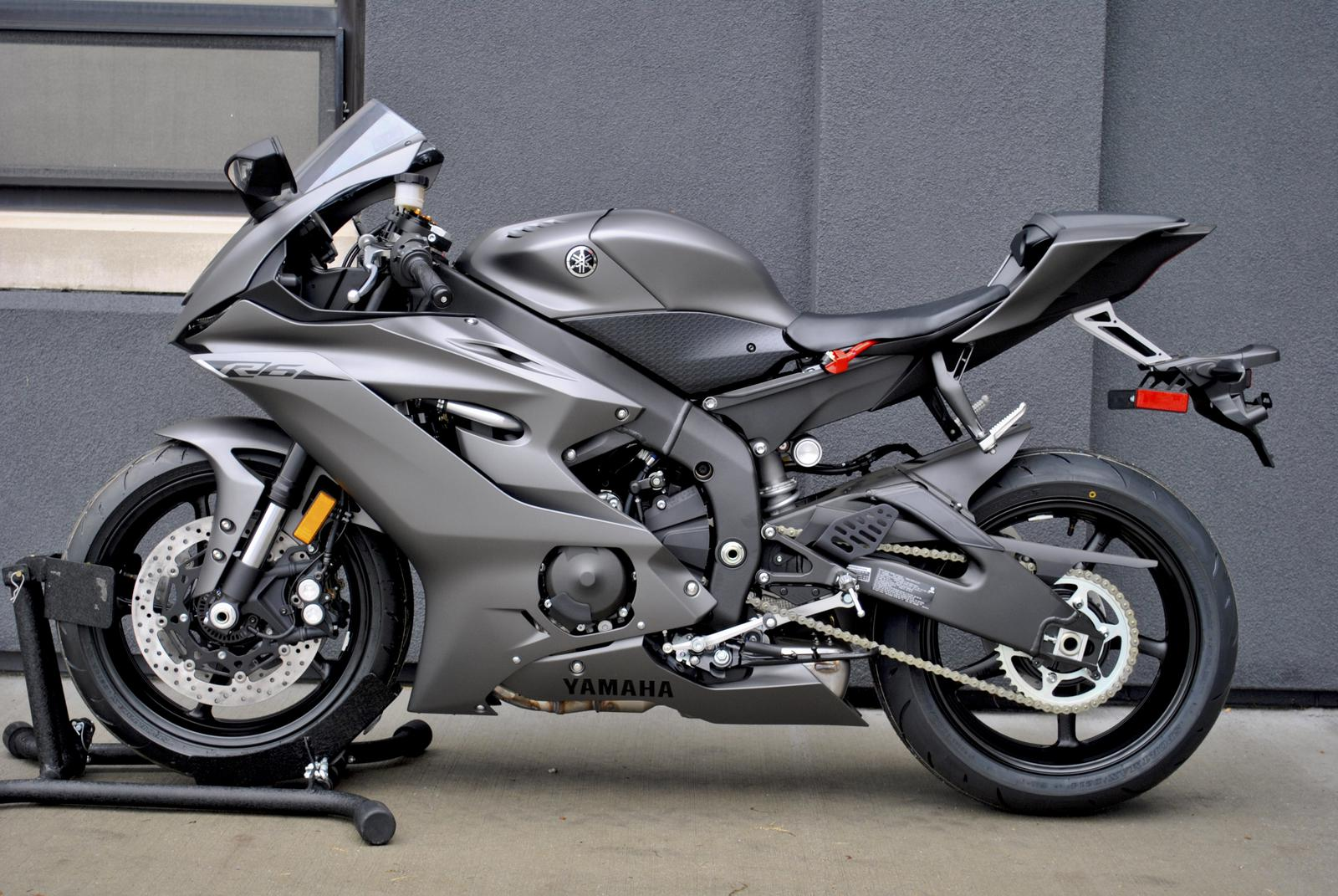 2018 yamaha yzf r6 for sale in indianapolis in flat out. Black Bedroom Furniture Sets. Home Design Ideas