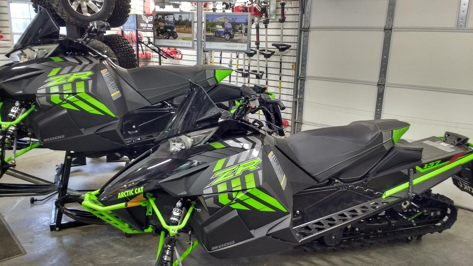 2017 Zr 9000 Limited 137 Arctic Cat