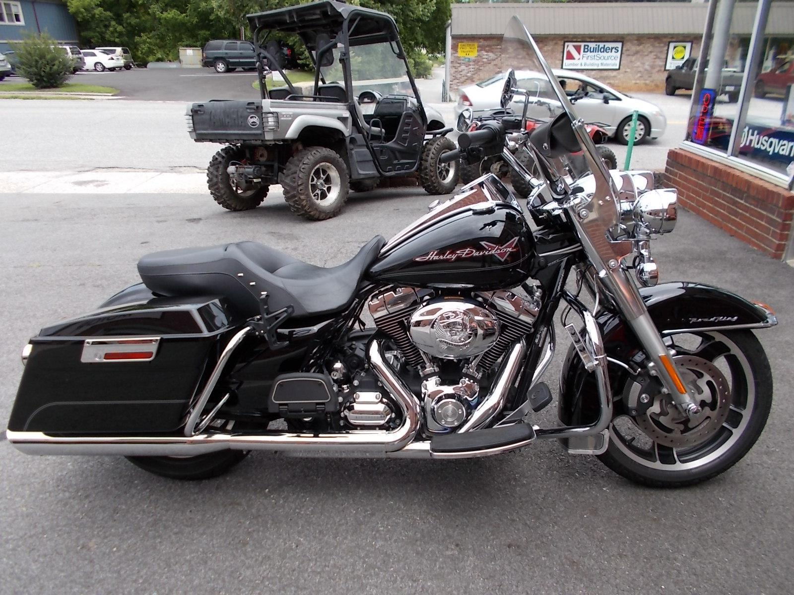 2010 Harley Davidson Road King Classic for sale in Blairsville GA