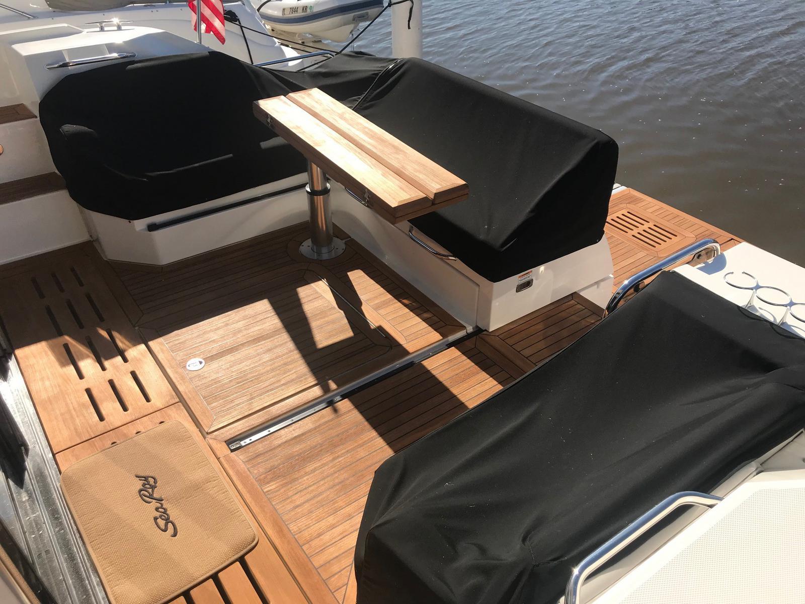 2018 Sea Ray 520 Sundancer for sale in Michigan City, IN  B & E