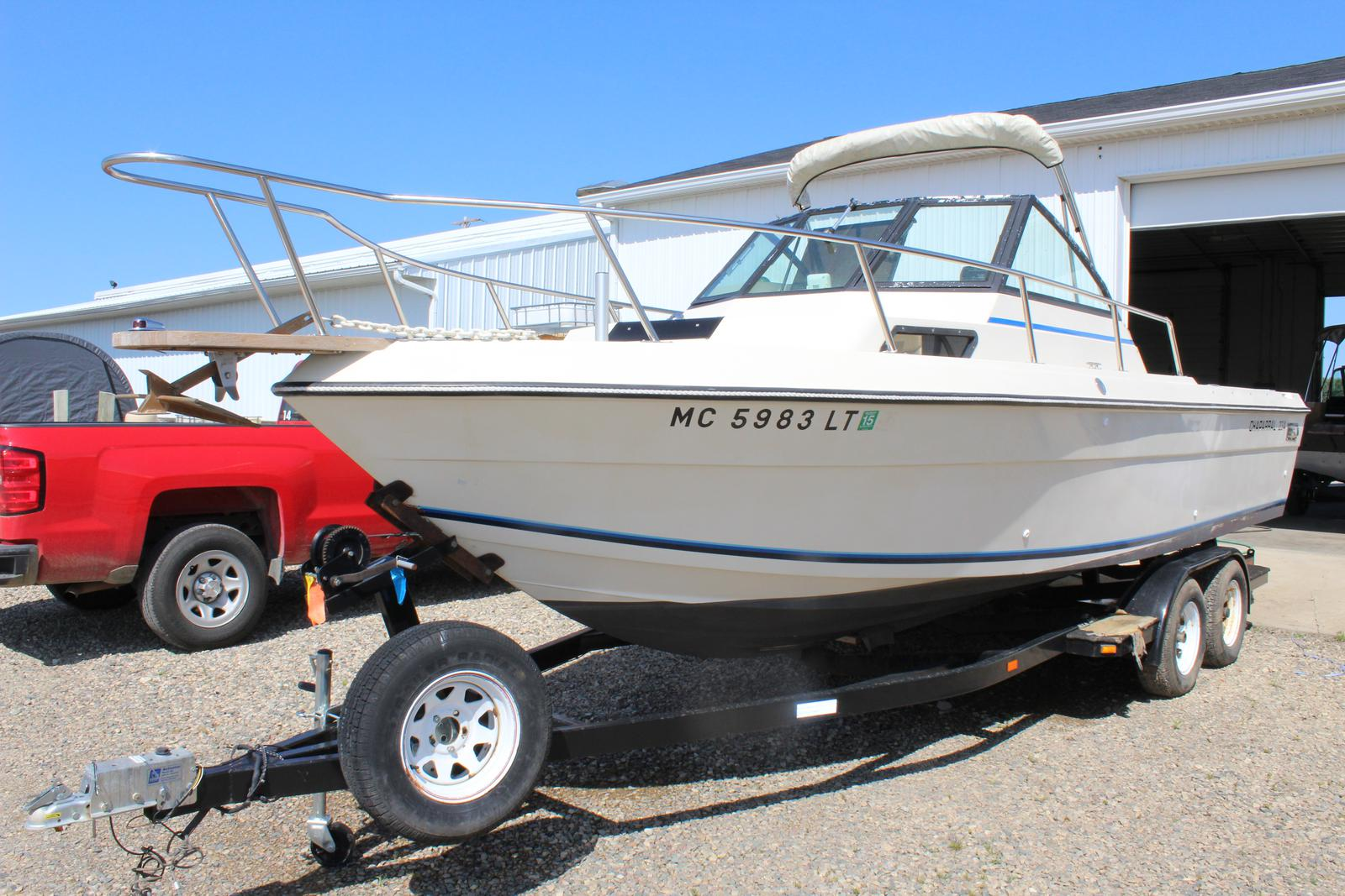 Boats and Pontoons Bee's Sports St  Johns, MI (800) 233-7720