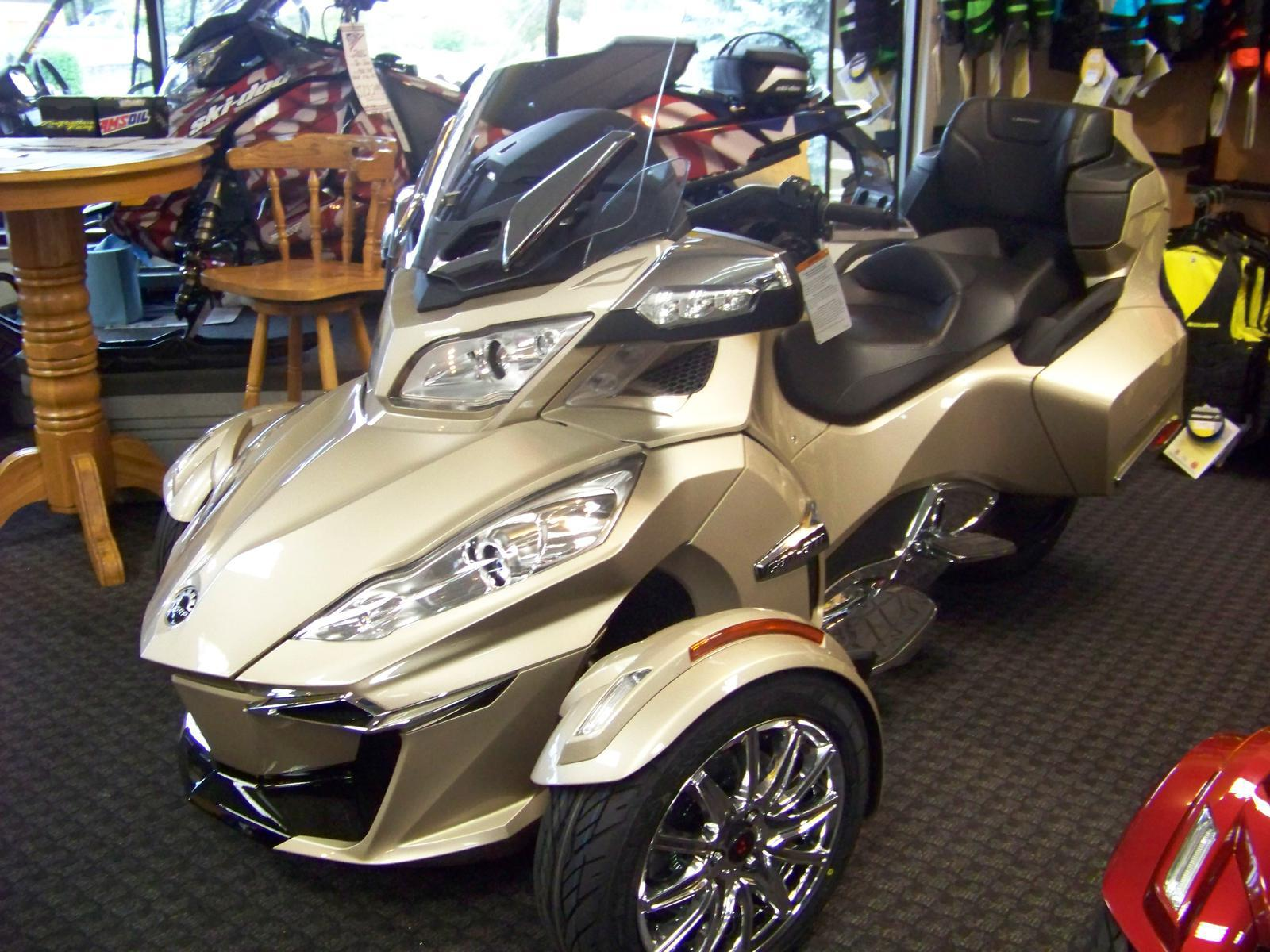 2017 Can Am SPYDER RT LIMITED for sale in Lakeville MN