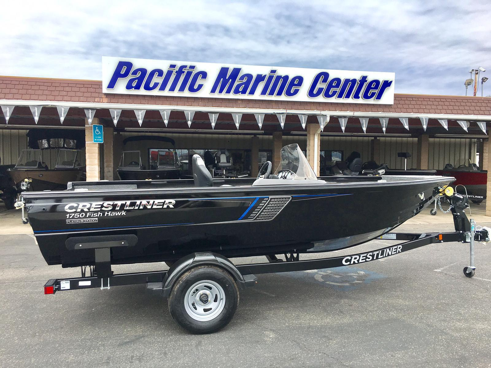 2018 Crestliner 1750 Fish Hawk Side Console - 90HP Mercury