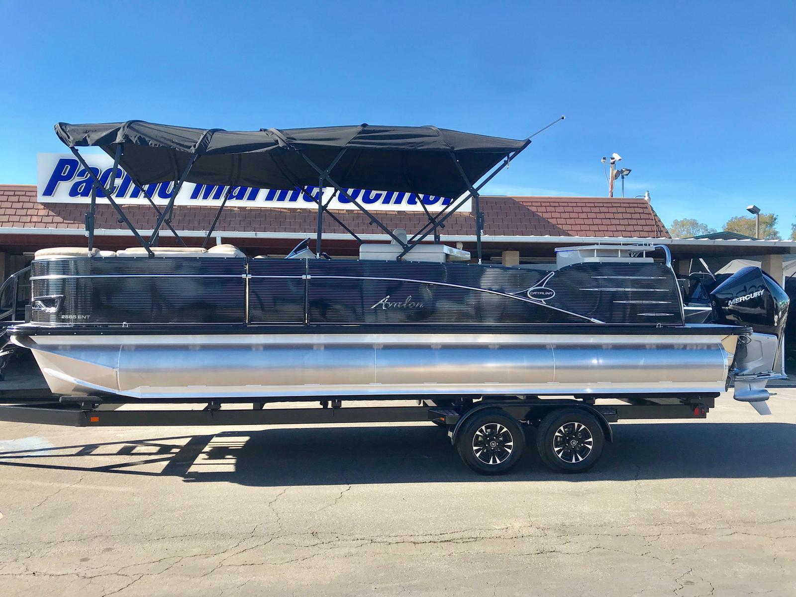 2019 Avalon Catalina Entertainer 25' Tri-toon w/ 250 HP Verado