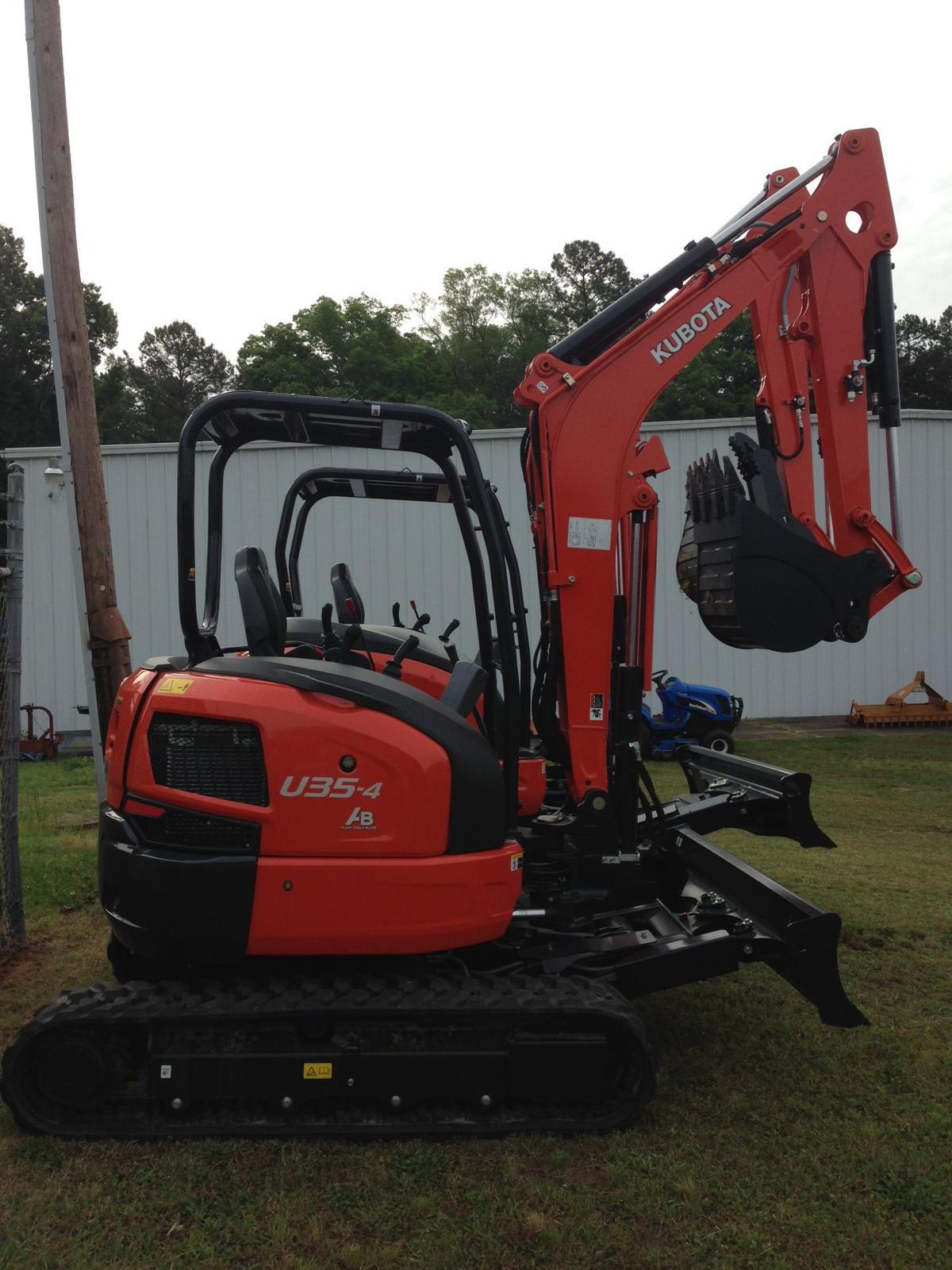 2017 Kubota U35-4 Angle Blade Canopy w/Rubber Tracks for sale in Raleigh NC | The Tractor Center (800) 331-2519  sc 1 st  The Tractor Center & 2017 Kubota U35-4 Angle Blade Canopy w/Rubber Tracks for sale in ...