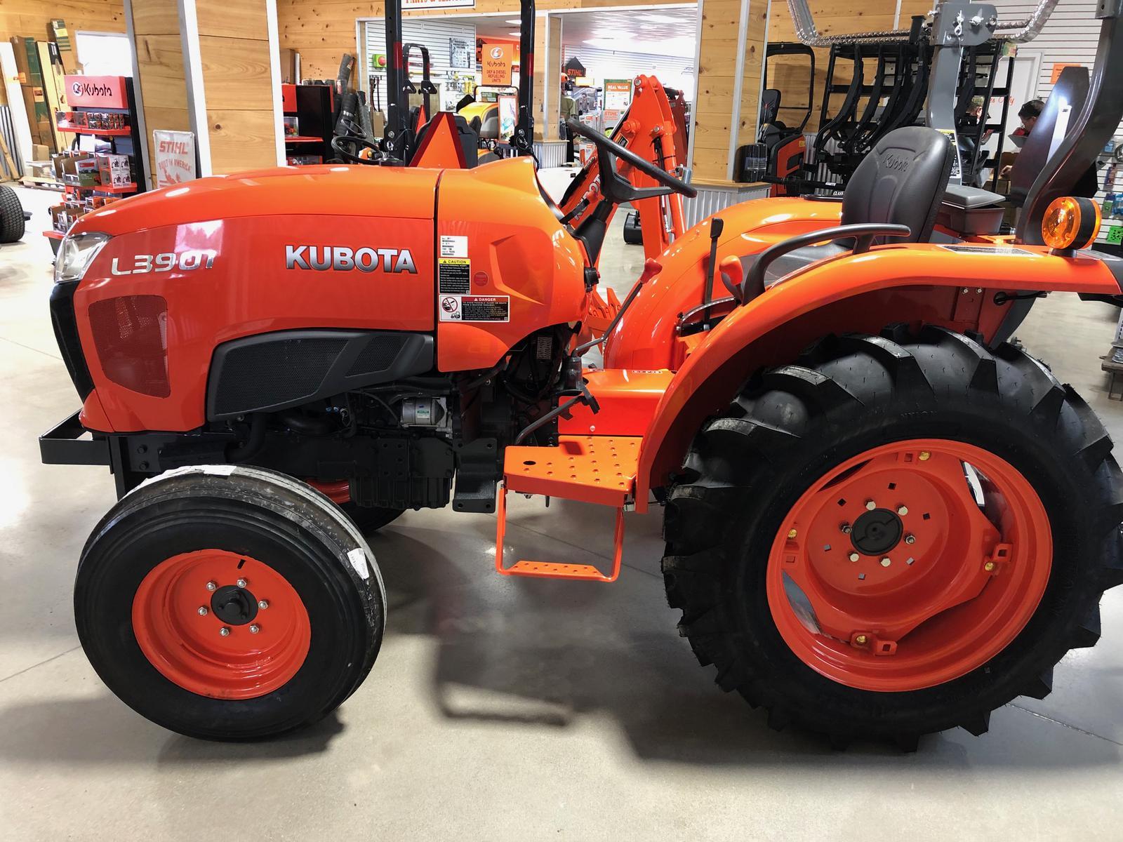 2019 Kubota L3901 Gear 2WD for sale in Goldsboro, NC