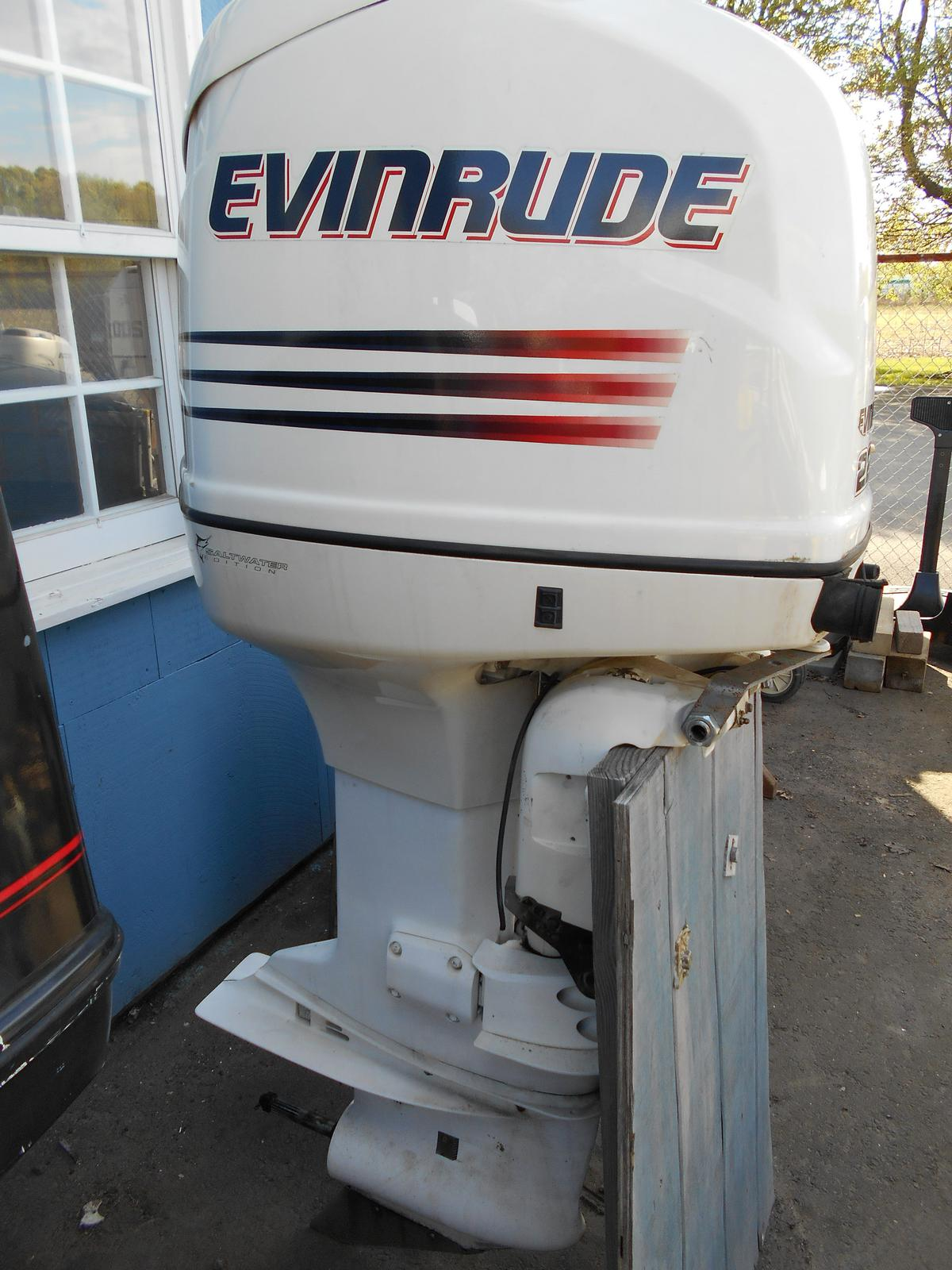 2003 Outboard Motors from Evinrude Boat Works of South