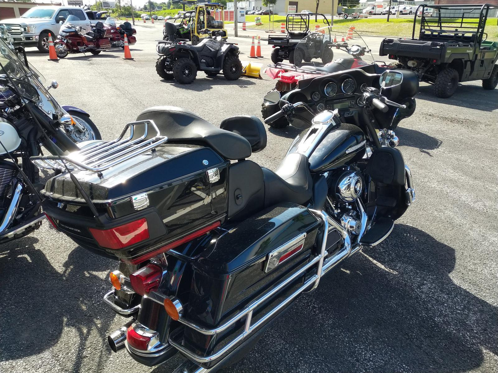 2012 Harley-Davidson® FLHTK Electra Glide Utlra Limited