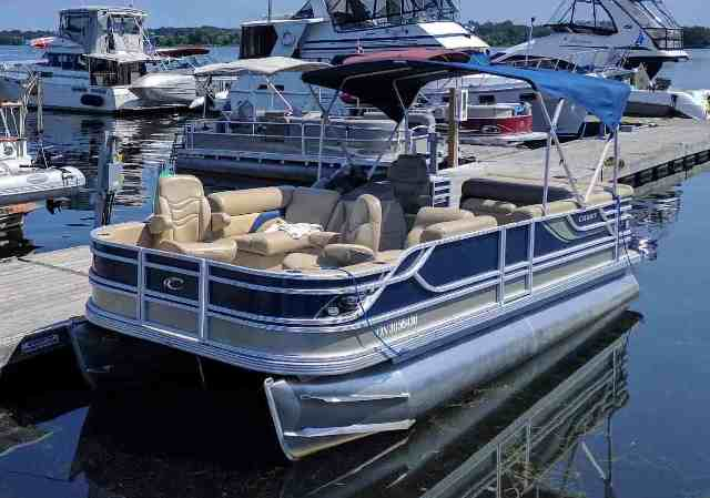 2011 Crest Pontoons 22' for sale in Peterborough, ON | Paris Marine