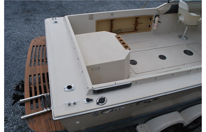 1986 Chris Craft 211 Scorpion for sale in Ephrata, PA