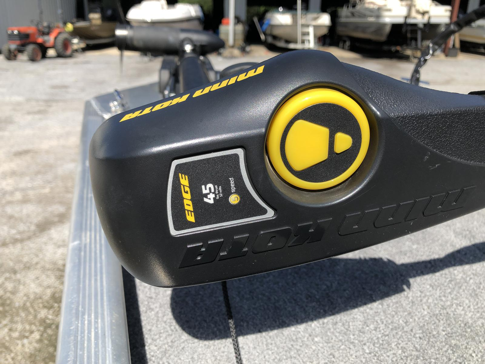 2016 Tracker Pro 160
