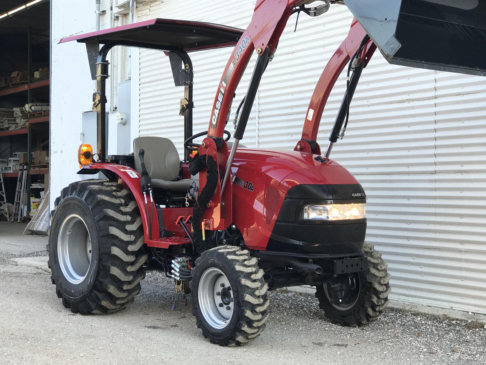 2016 Case IH Farmall® 30A Tier 4B for sale in Poteet, TX
