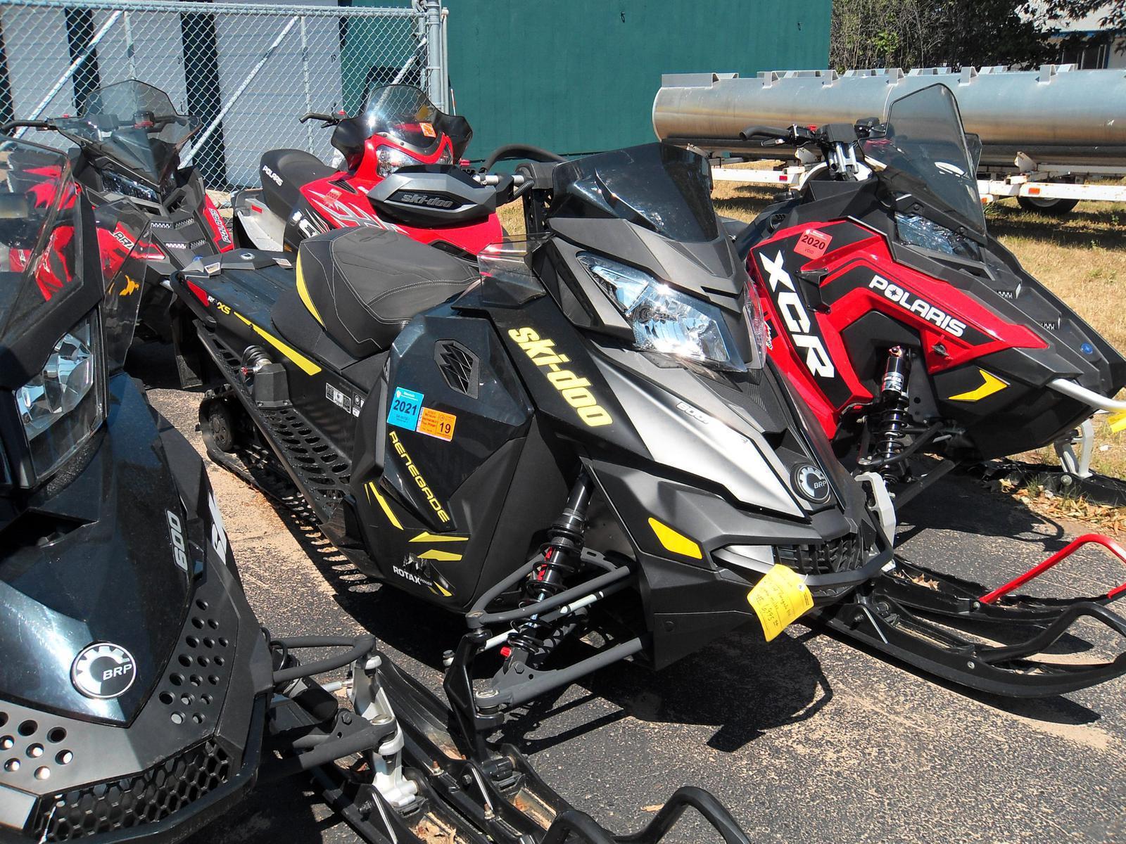 2014 Ski-Doo Renegade® X® Rotax® E-TEC® 800R - Matte Black