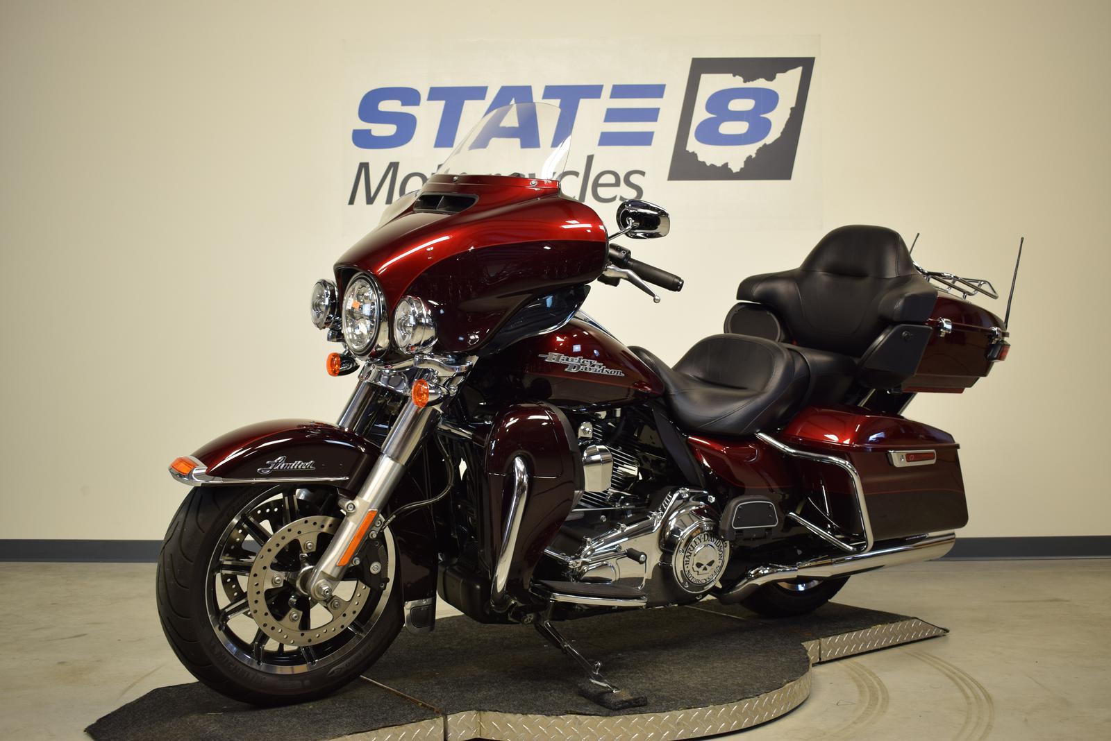 2015 Harley-Davidson® ELECTRA GLIDE ULTRA LIMITED FLHTK