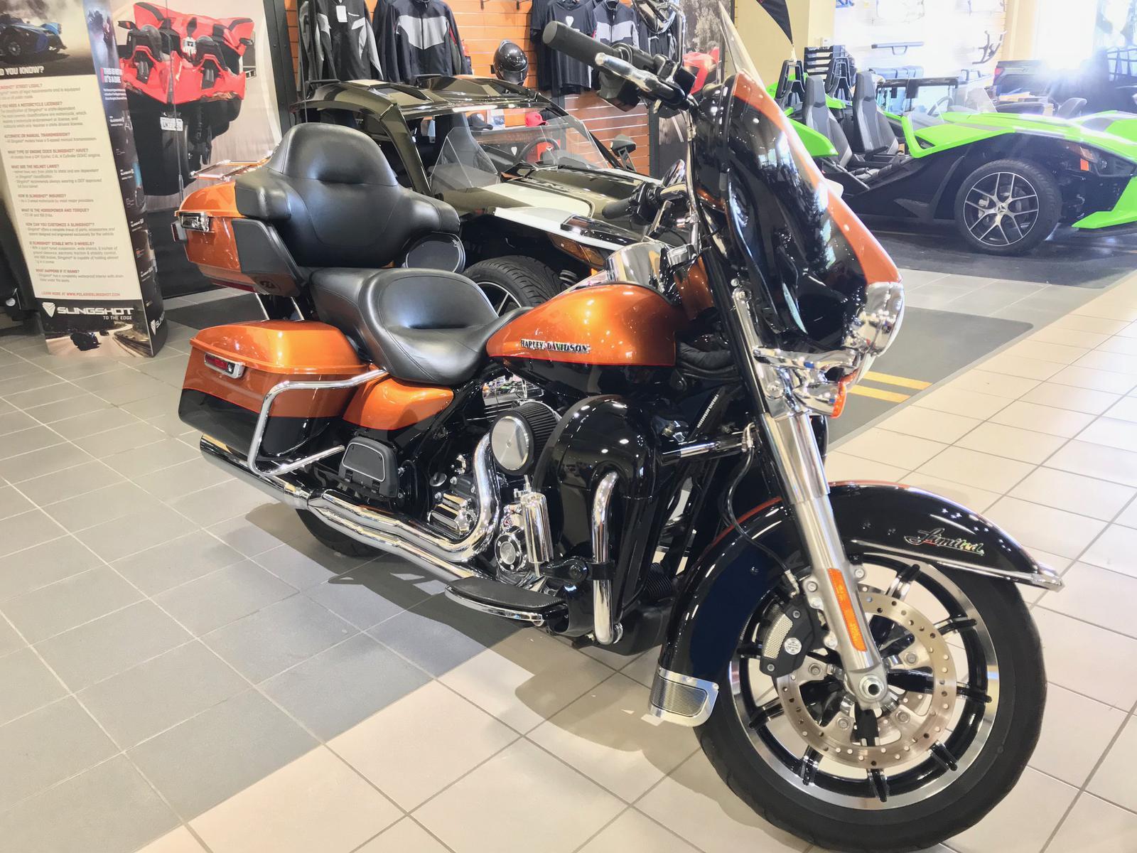 2014 Harley-Davidson® HARLEY ELECTRA GLIDE ULTRA LIMITED FLHTK