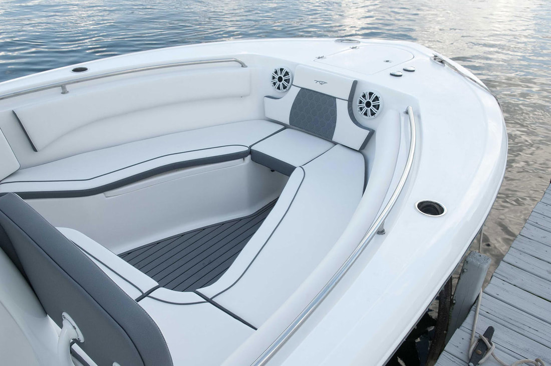 2018 Tidewater Boats 232 LXF Center Console for sale in