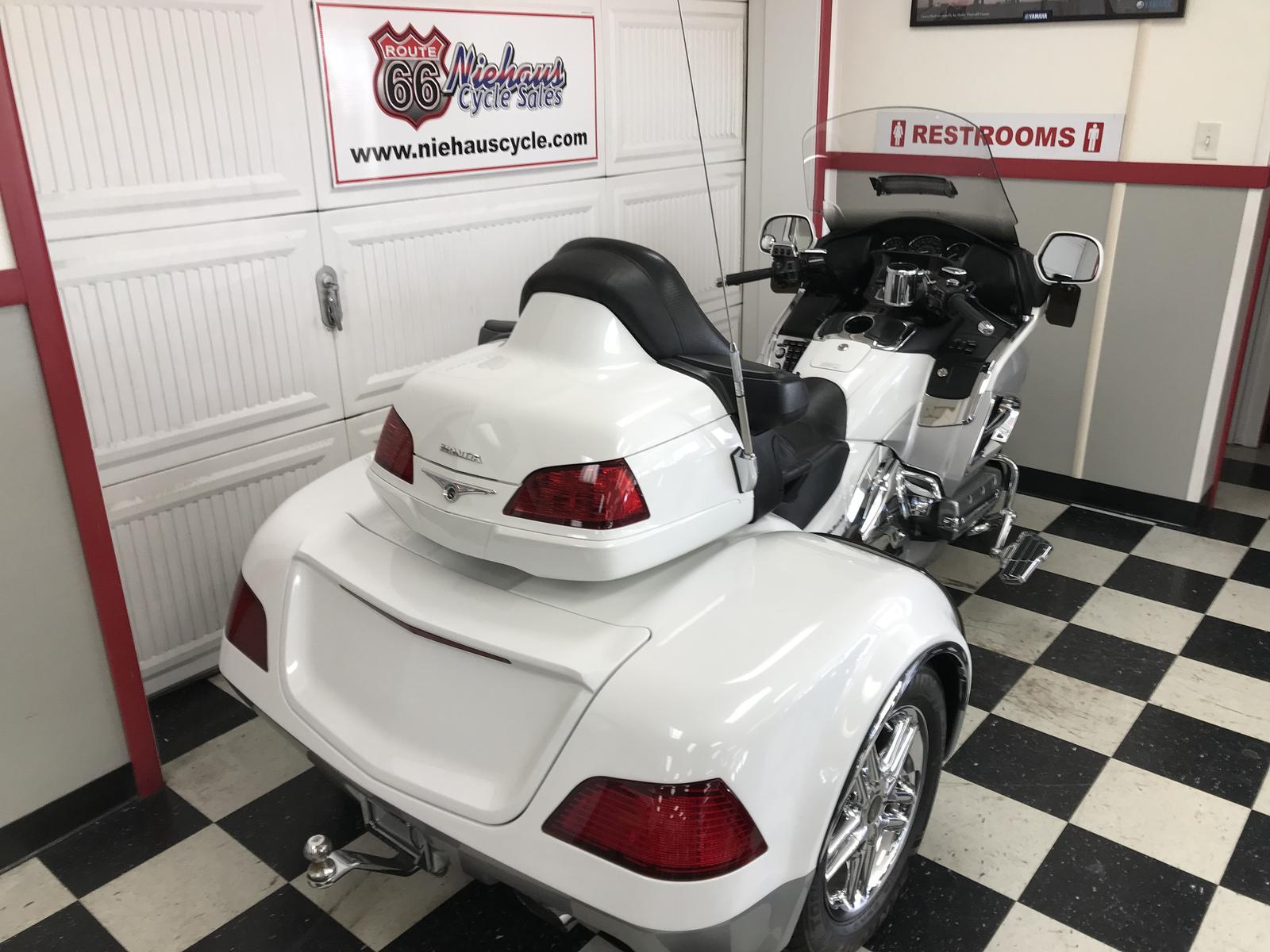 2012 Honda GL1800HP GOLD WING/CSC VIPER TRIKE