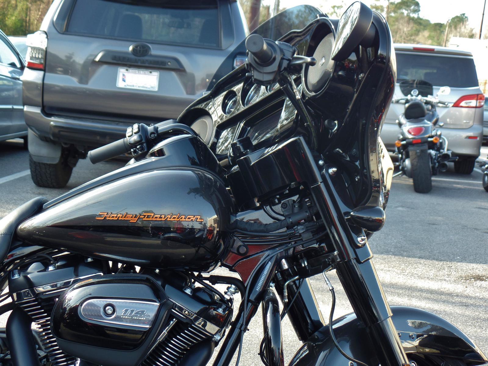 2019 Harley Davidson Street Glide Special