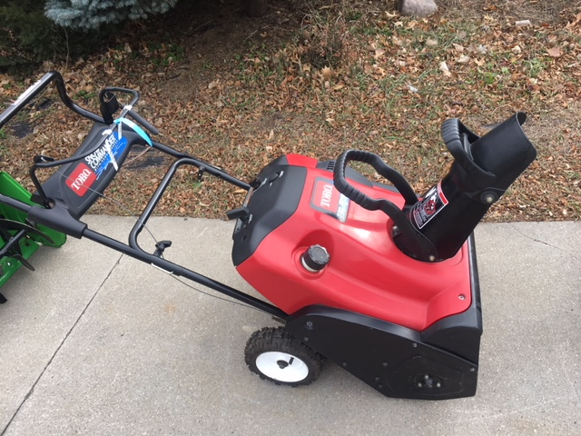 Toro toro snow commander for sale in hiawatha ia midway toro toro snow commander for sale in hiawatha ia midway outdoor equipment 319 393 0443 sciox Image collections