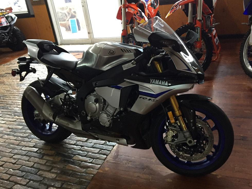 2015 Yamaha YZF-R1M for sale 40152