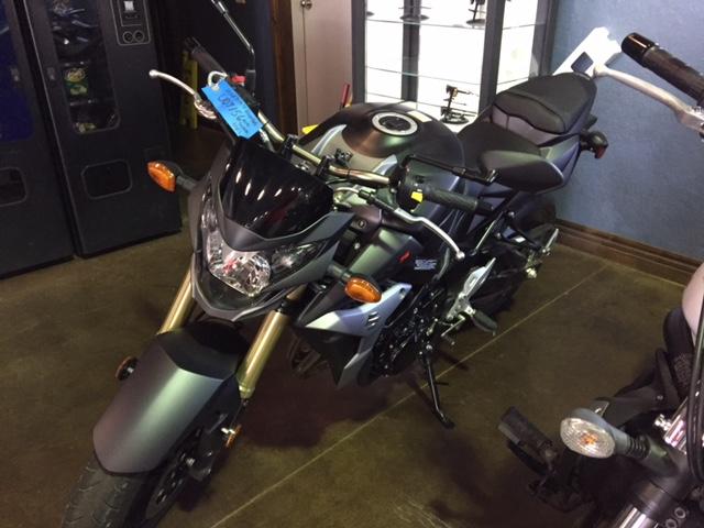2015 Suzuki GSX-S750 2