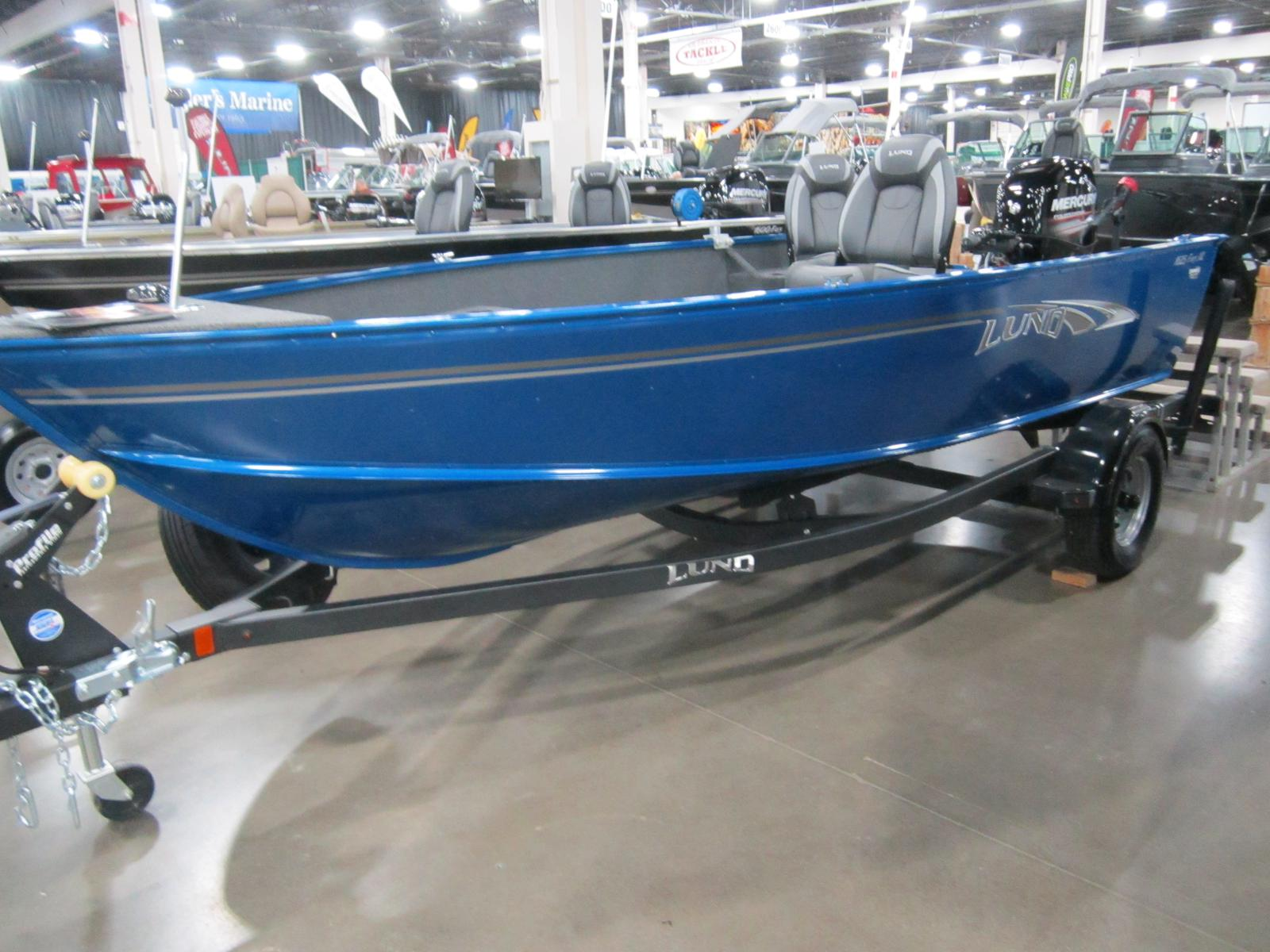 Boats from Lund Chapman's Sports Center Lapeer, MI (810) 653