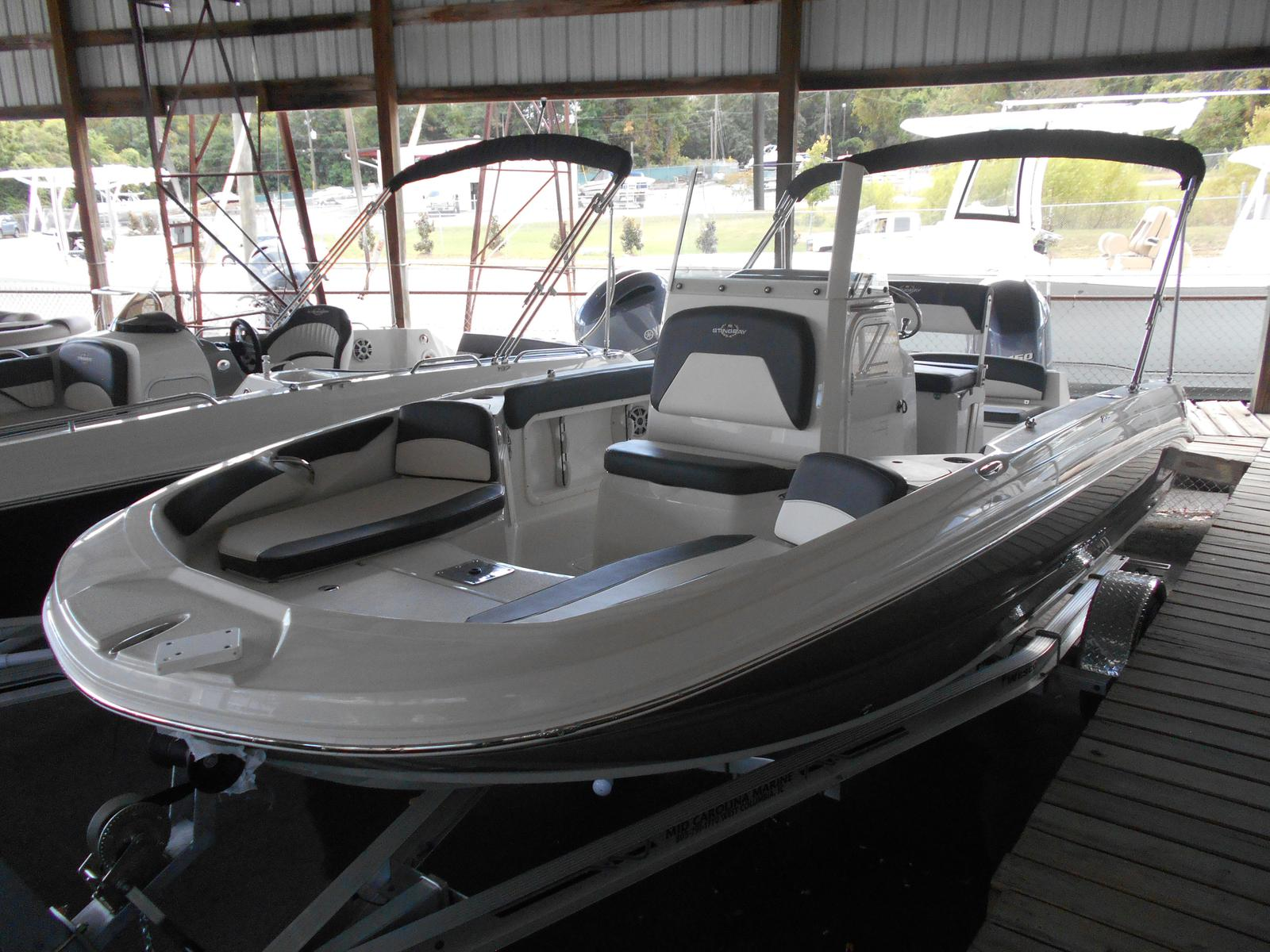2018 Stingray Boats 206 CC