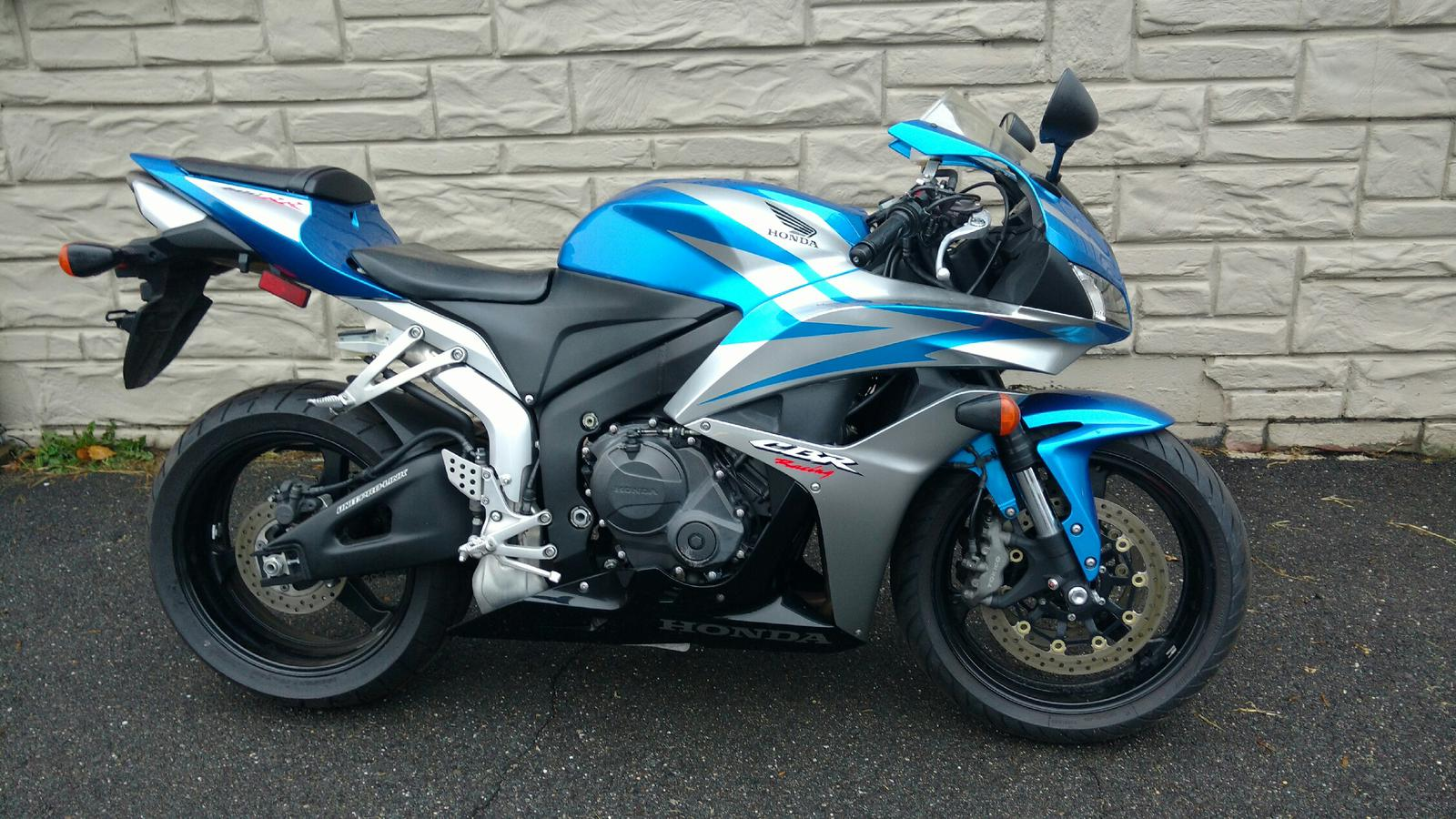 List of Synonyms and Antonyms of the Word: 2007 cbr 600