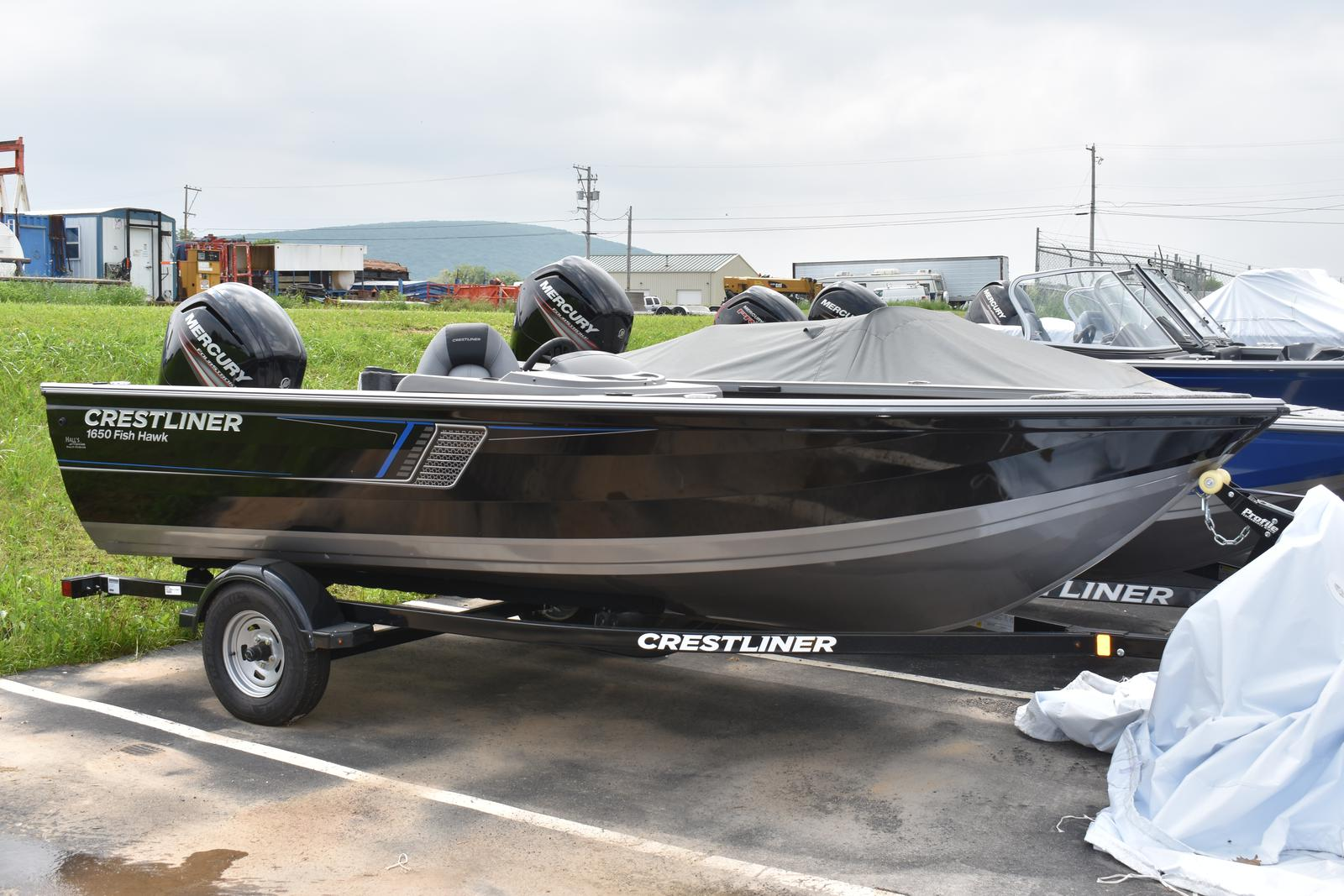 2018 Crestliner 1650 Fish Hawk SC for sale in Muncy, PA | Hall's Marine  (570) 935-0159