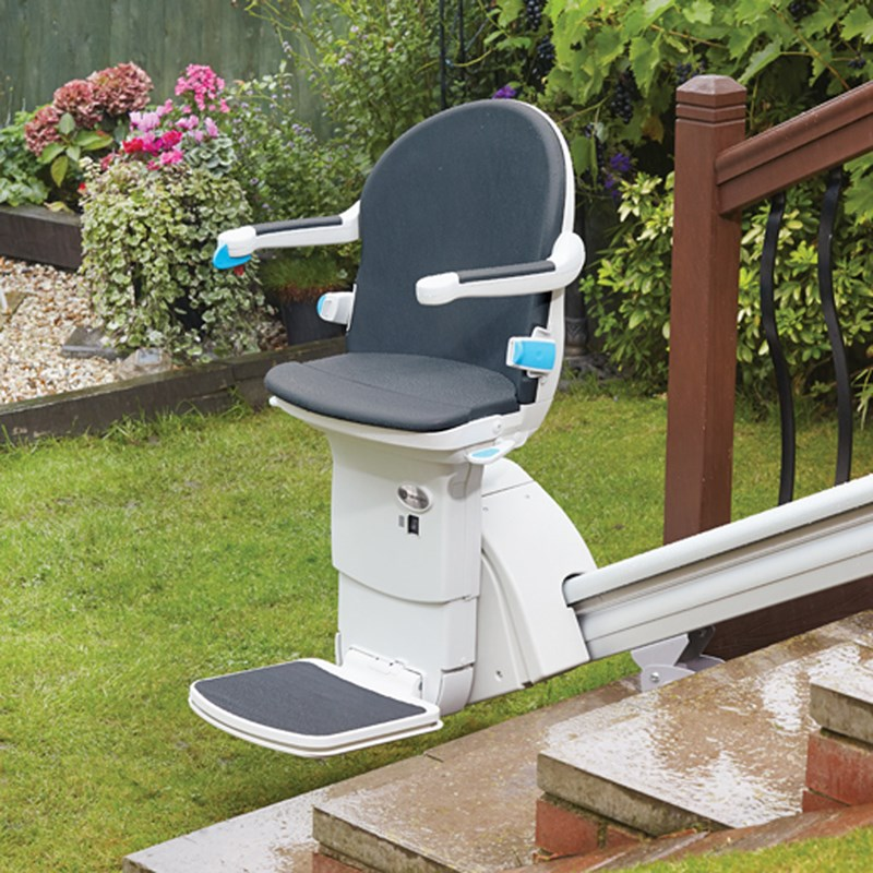 Handicare 1000 Outdoor Handicare Stairlift from Therap-Ease, Inc.