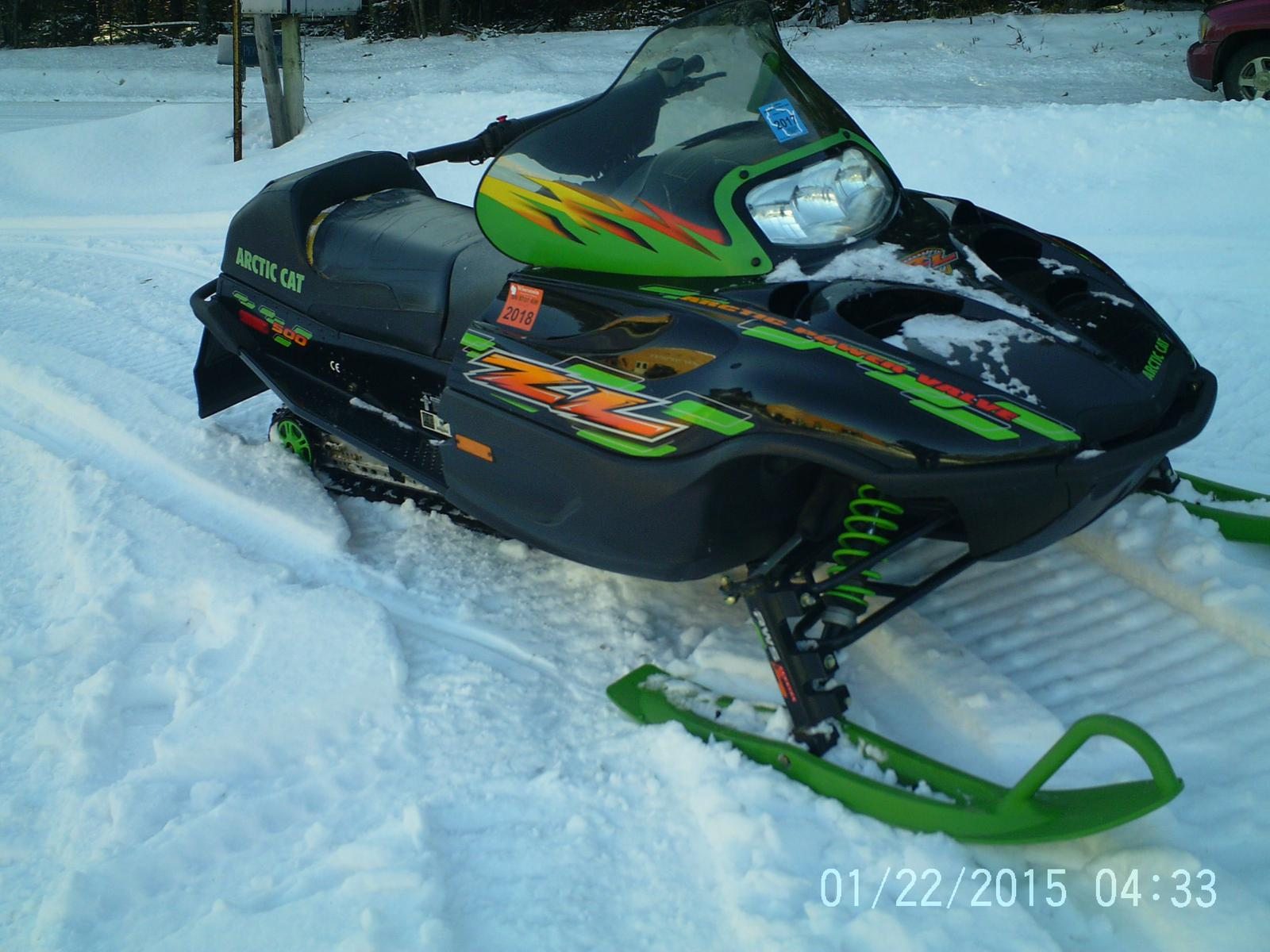 Used Snowmobiles From Arctic Cat FOUR STAR SPORTS WEBB LAKE WI 715