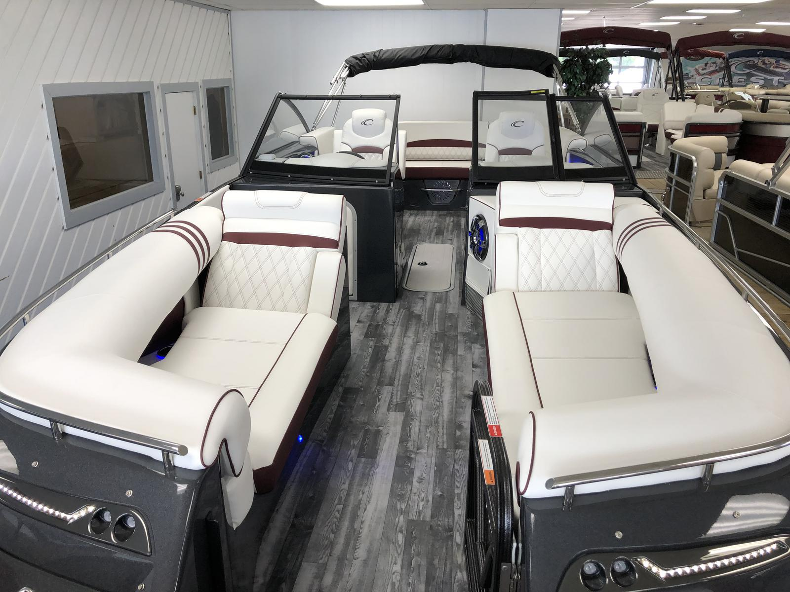 2019 Crest Pontoons Continental NX 270 SLS Twin Engine for