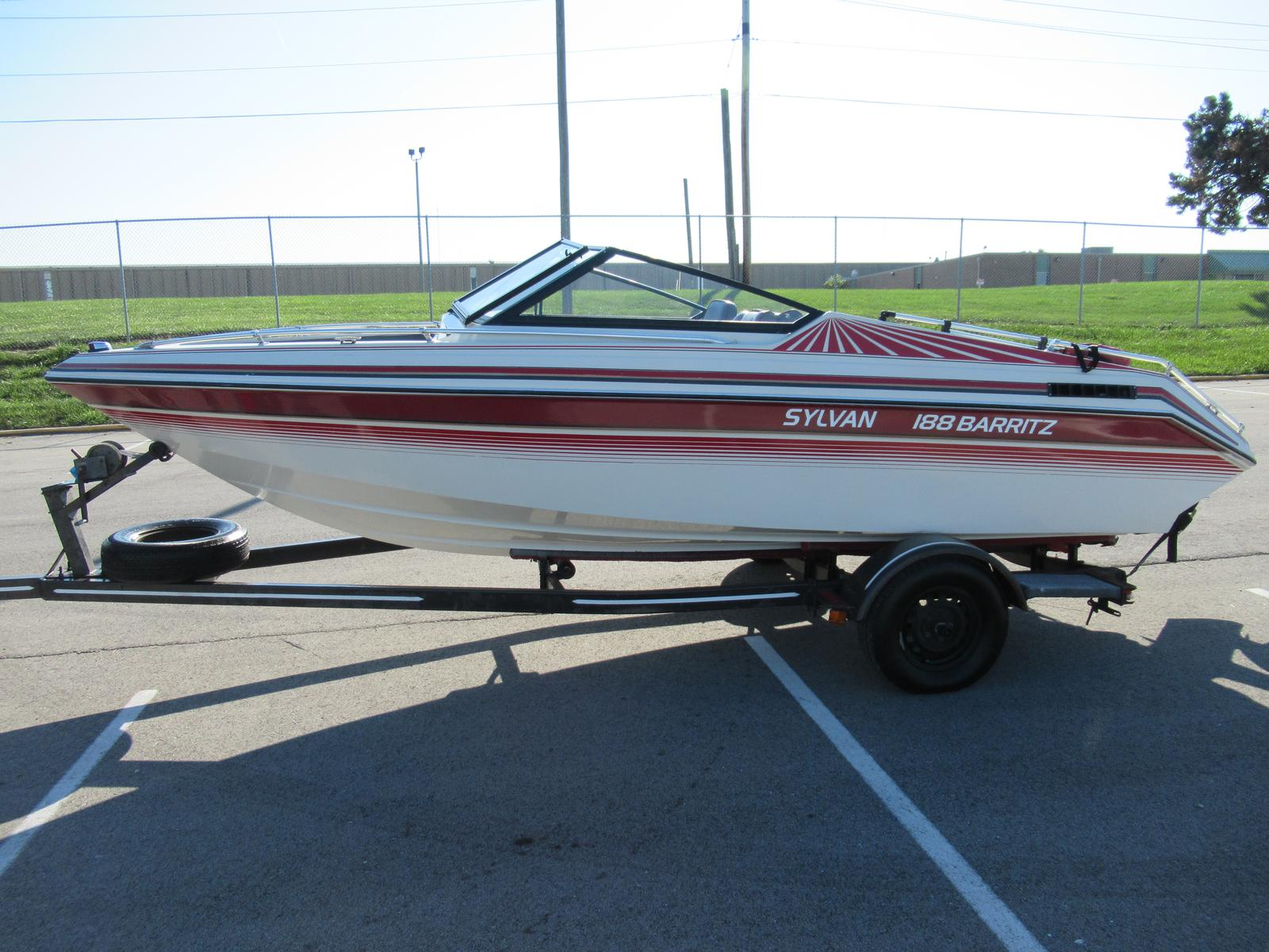 Sylvan Boat Wiring 89 Real Diagram Pontoon 1989 18 For Sale In Indianapolis Just Add Water Boats Rh Justaddwaterboats Com Fishing Logo