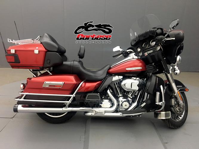 2012 Harley-Davidson® FLHTCU Ultra Classic Electra Glide