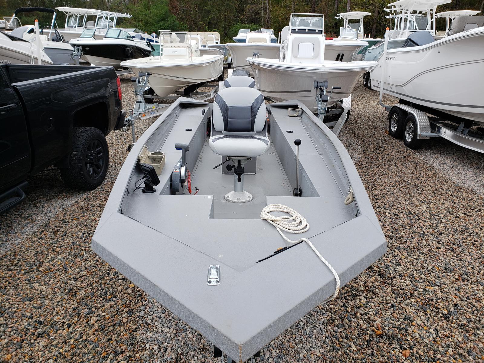 2015 Alumacraft Crappie Deluxe
