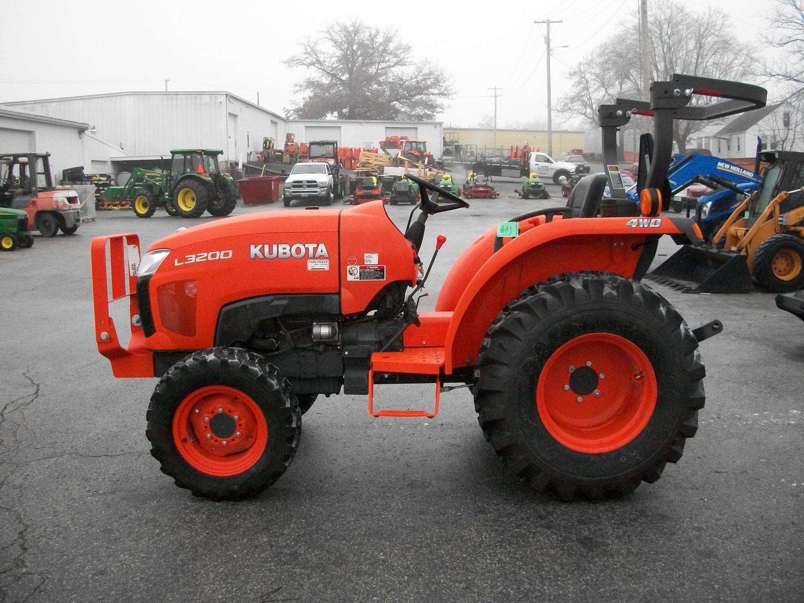 2013 kubota l3200 gear drive 4wd for sale in columbia mo farm rh fplal com Kubota L3200 HST Review Kubota Tractors