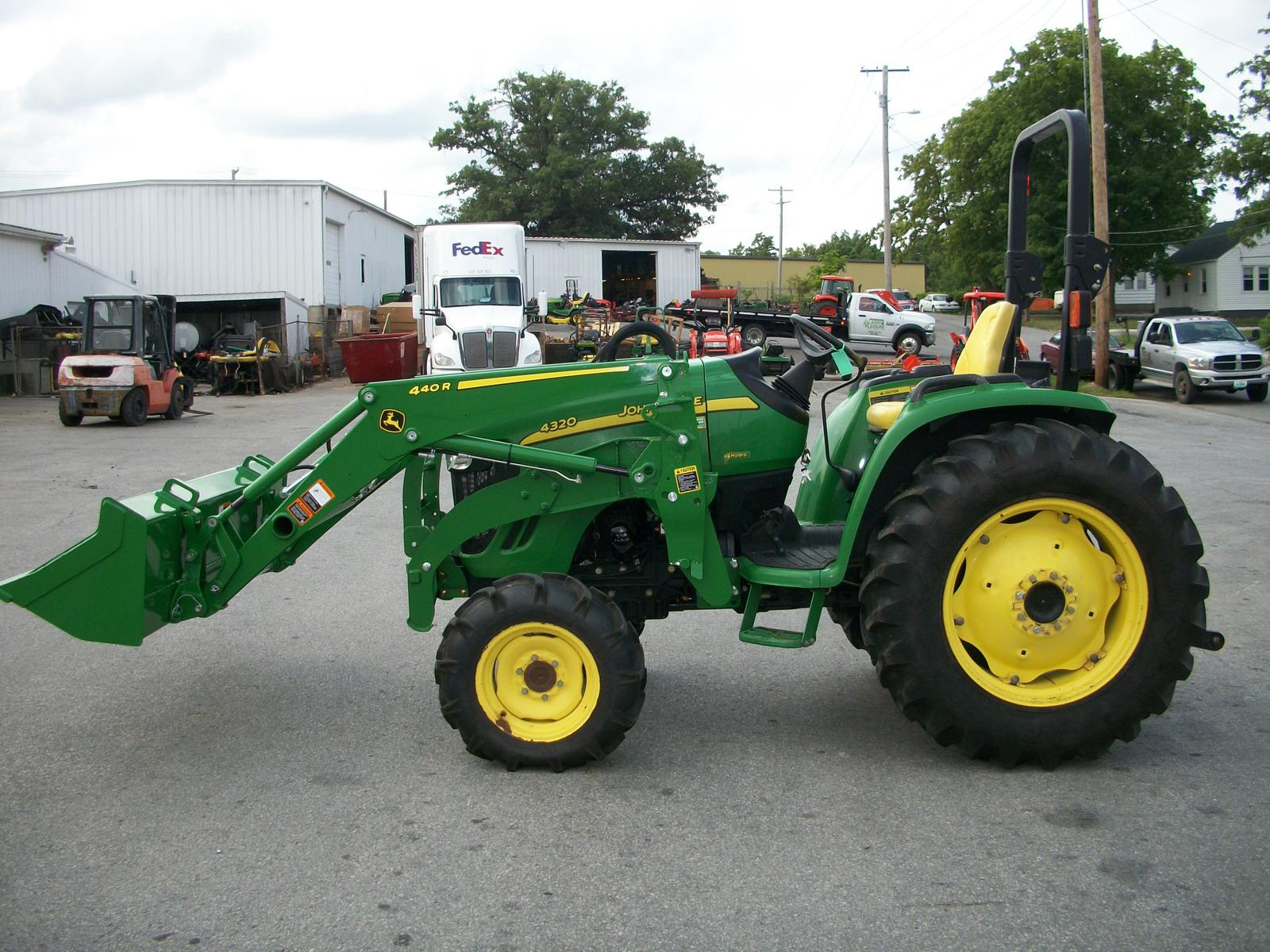 001 2007 john deere 4320 compact tractor (48 hp) for sale in columbia