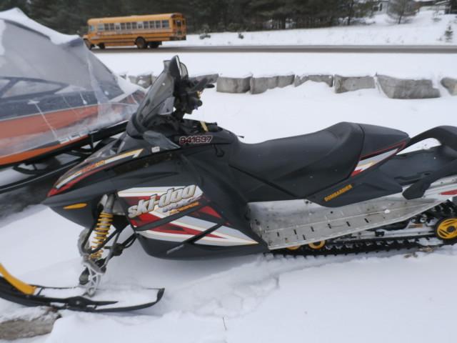 2005 Ski Doo MXZ Renegade 800