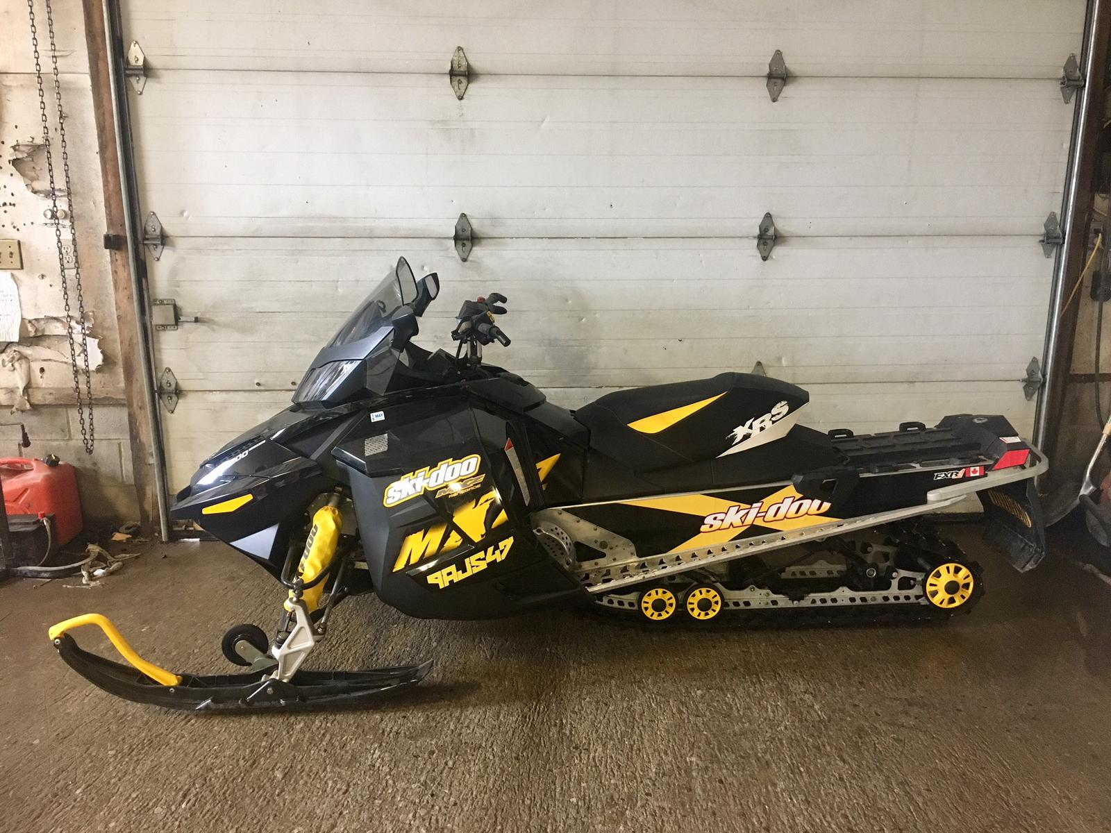 2009 Ski Doo RENEGADE 1200 4-TEC | 1 of 2